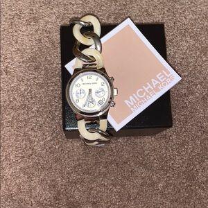 Micheal Kors Silver/Bone Chain Link Watch